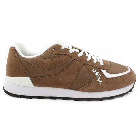 Brązowe buty sportowe