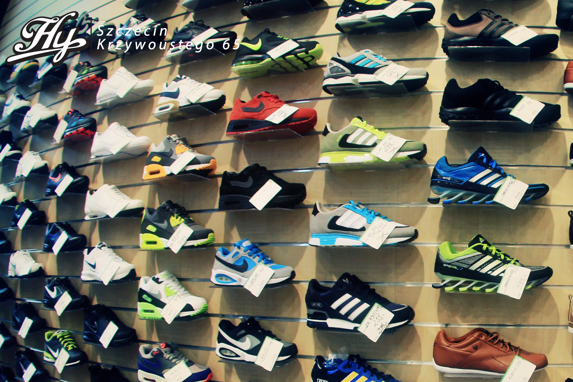 Tanie buty sportowe - Nike, Puma, Reebok, Converse